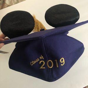 BRAND NEW Disney Class Of 2019 Graduation Cap